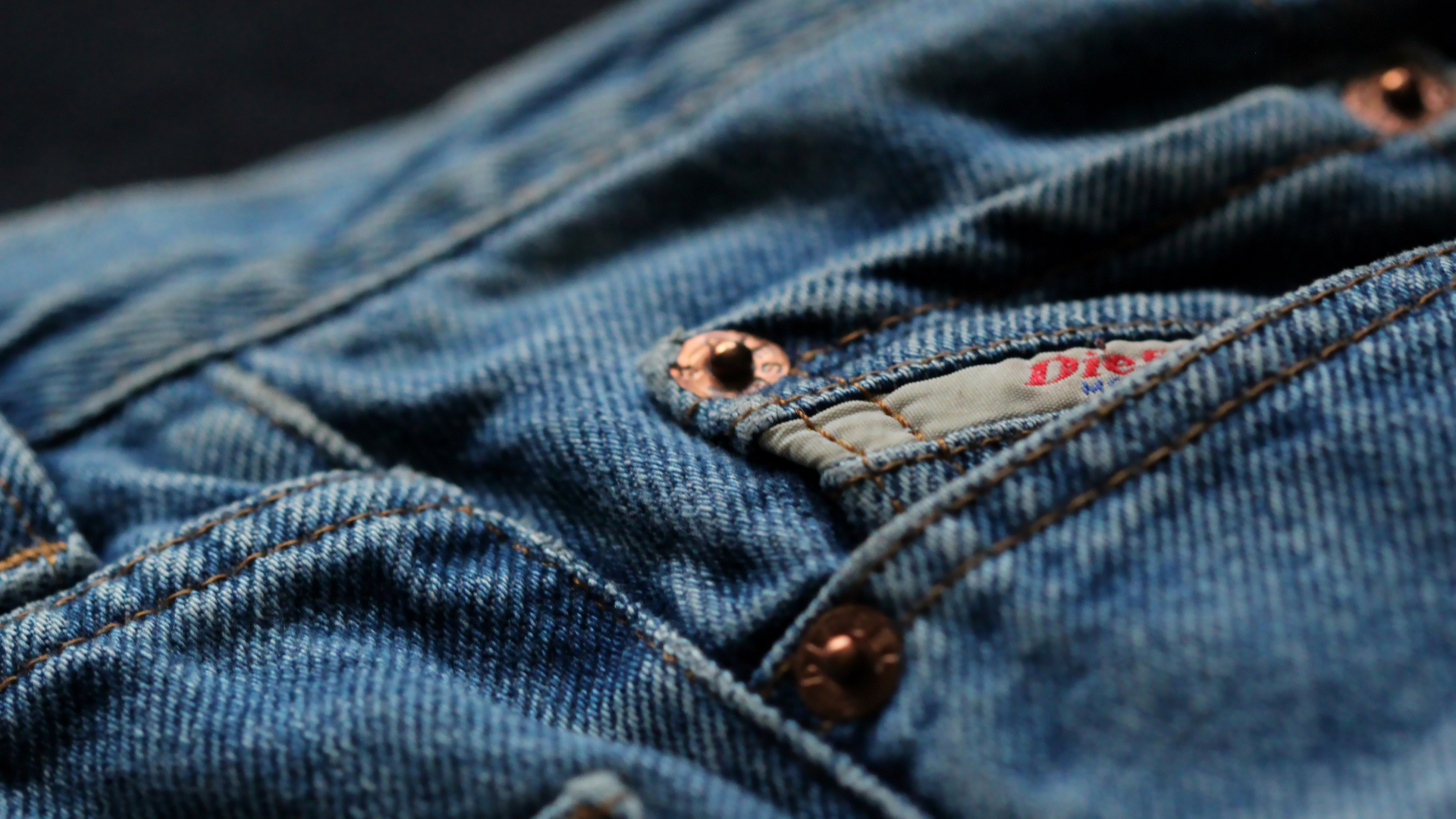 Denim: la tela que nunca deja de ser tendencia