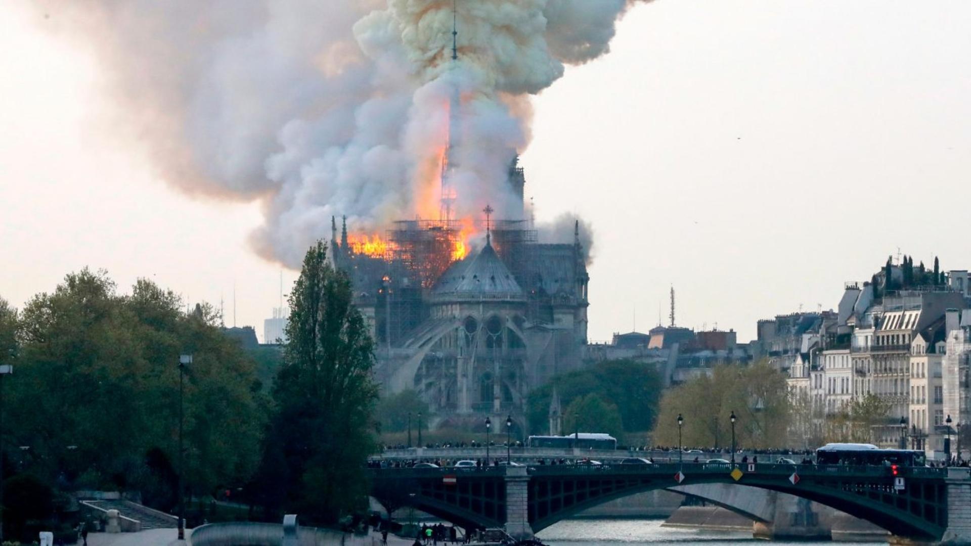 Entre andamios, así avanza la reconstrucción de la Catedral de Notre Dame