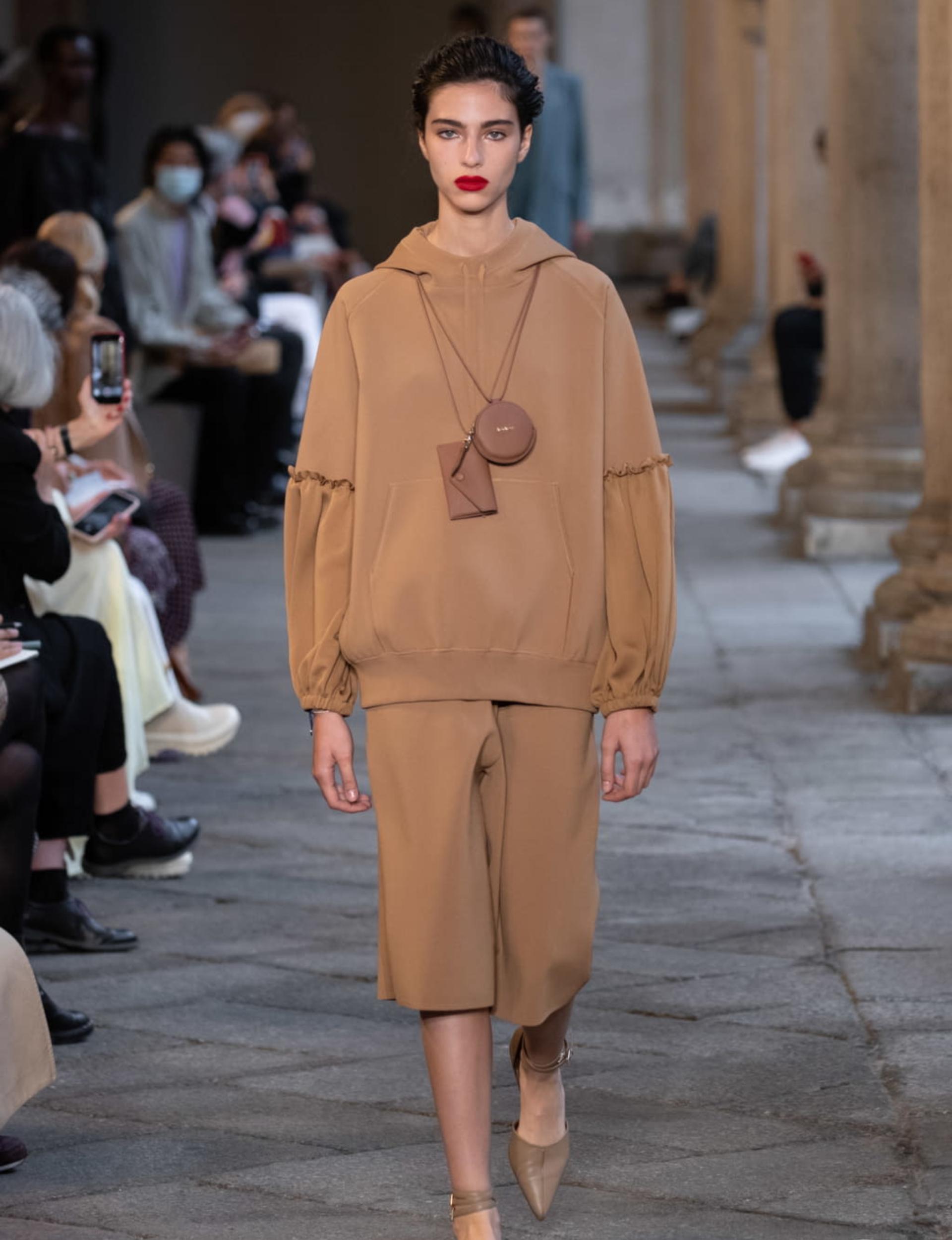 Loli Bahía, la modelo francesa del momento