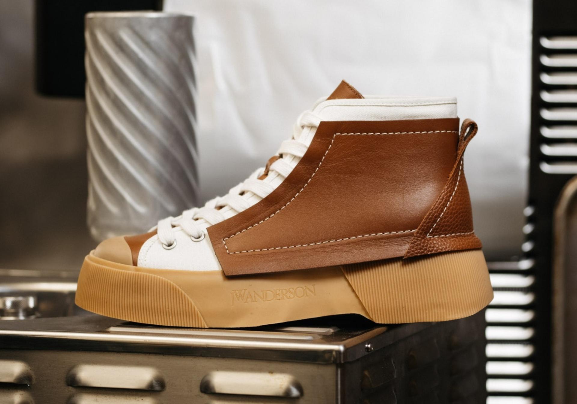 Clásicas: así son las nuevas sneakers de JW Anderson