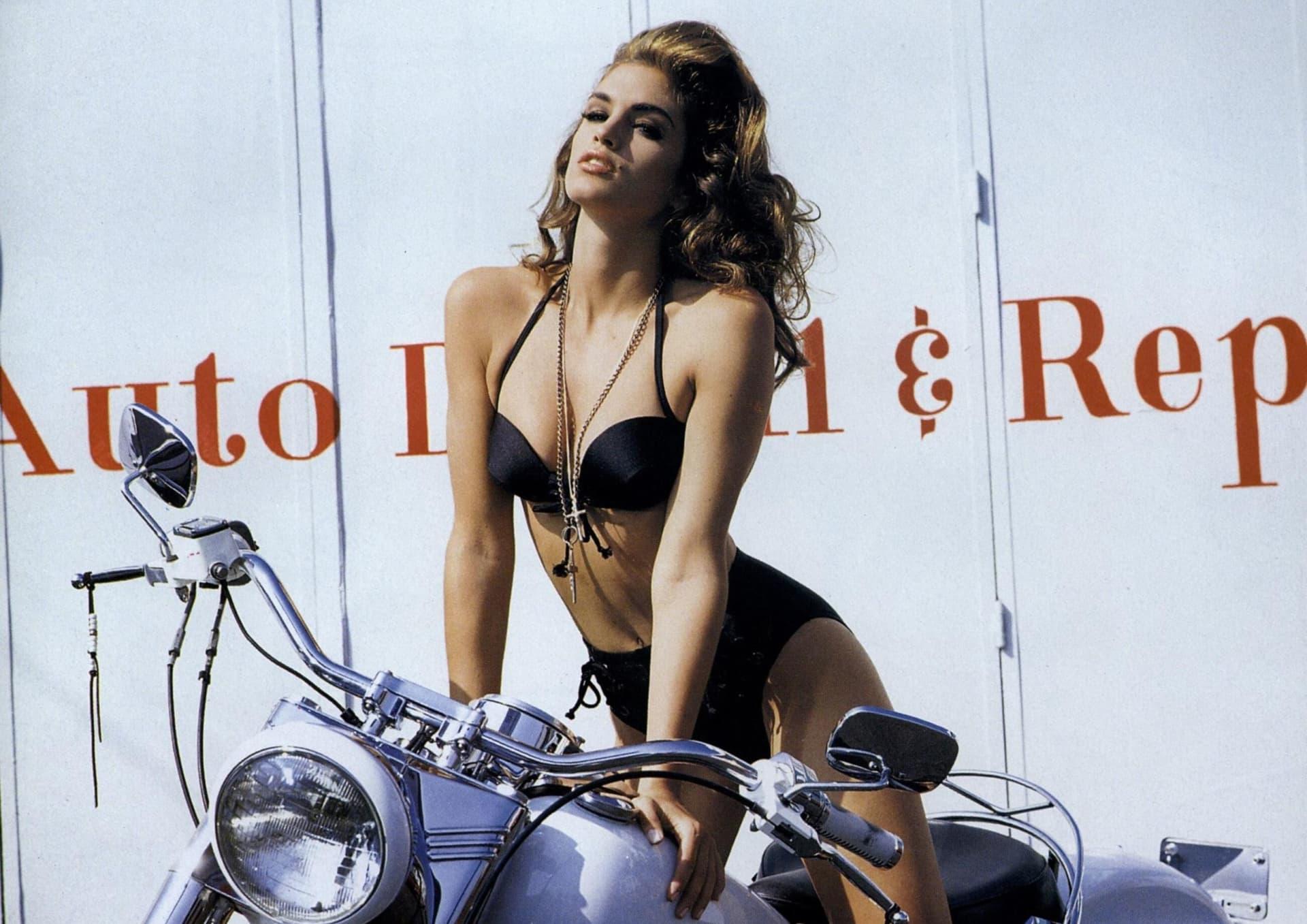 Cindy Crawford la modelo que dejó su huella en las pasarelas