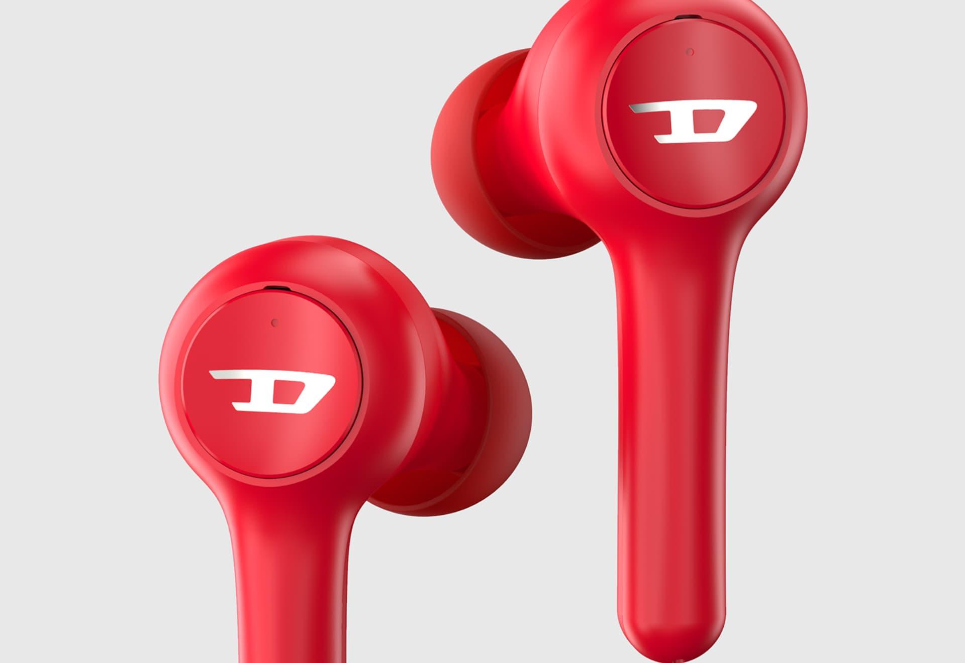 Diesel presentó su nuevos auriculares bluetooth