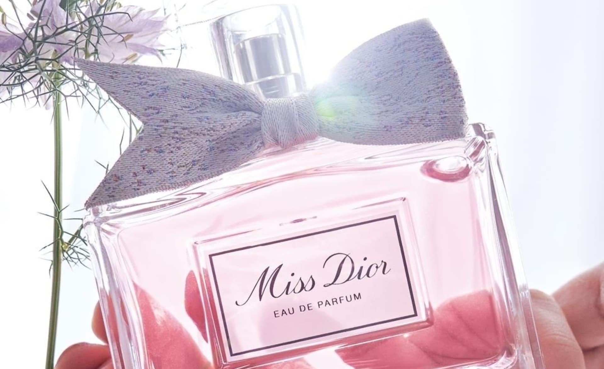 Así es la nueva versión del perfume para mujeres Miss Dior 2021