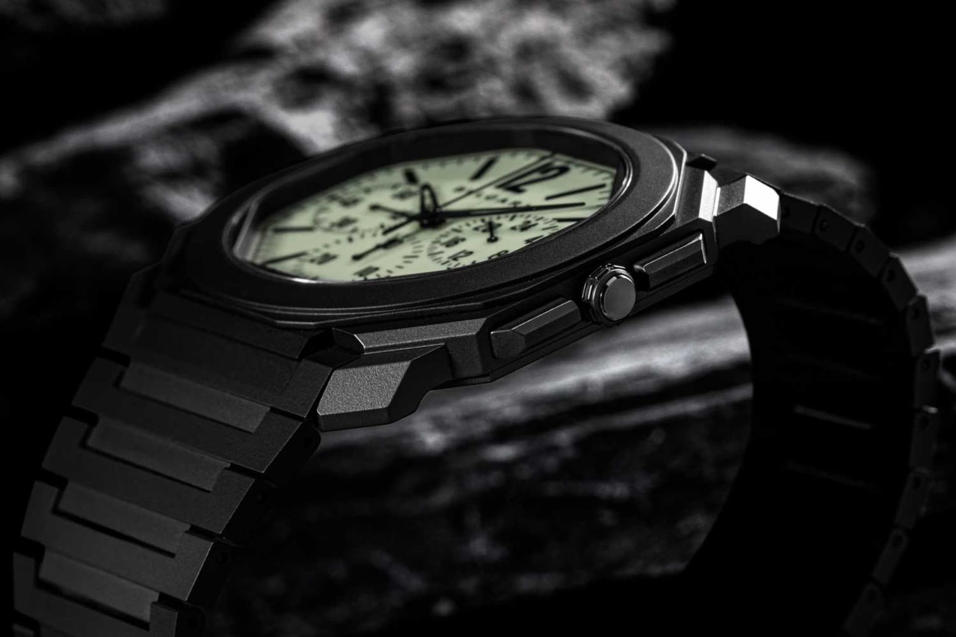 Bvlgari Octo Finissimo el nuevo reloj que brilla en la oscuridad