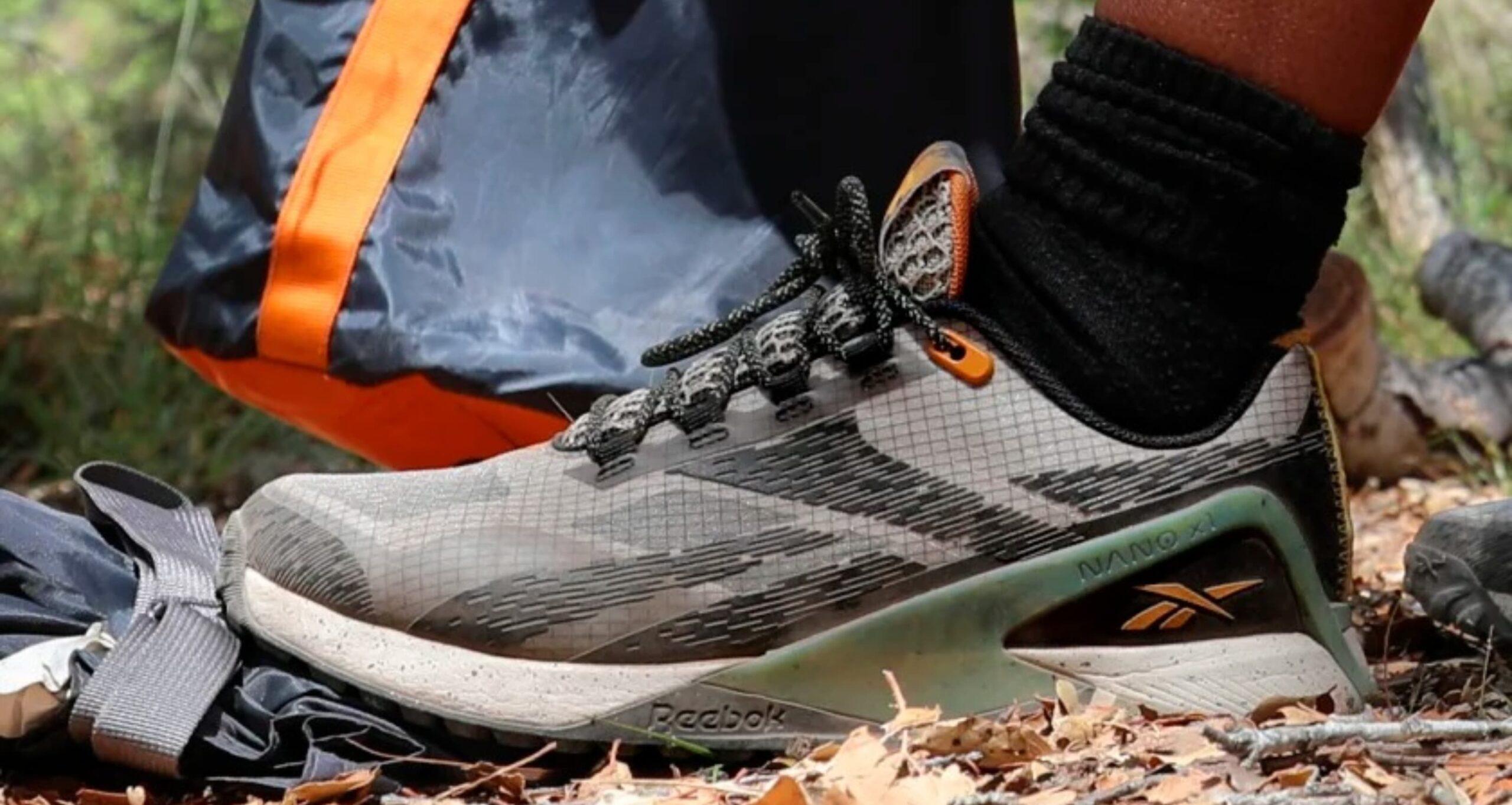 línea de zapatillas